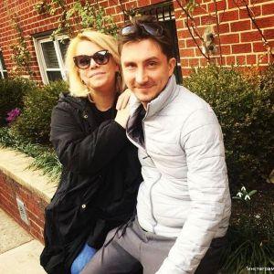 Подробнее: Яна Поплавская не спешит выходить замуж за молодого любовника