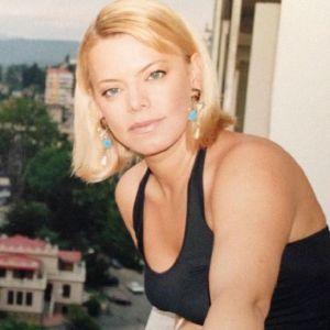 Подробнее: Яна Поплавская рассказала о смерти дочери и разводе с мужем