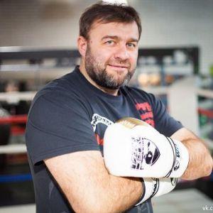 Подробнее:  Михаил Пореченков устал от работы