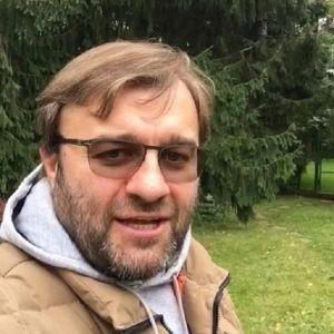 Подробнее:  Михаил Пореченков снова ловит бандитов и борется за справедливость