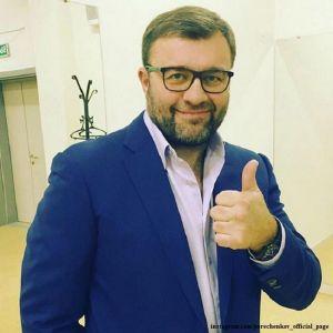 Подробнее: Сын Михаила Пореченкова собирается перевезти семью поближе к отцу