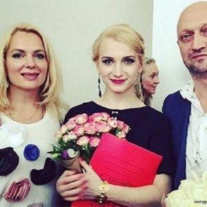 Подробнее: Беременную Марию Порошину поддерживает отец ее старшей дочери Гоша Куценко