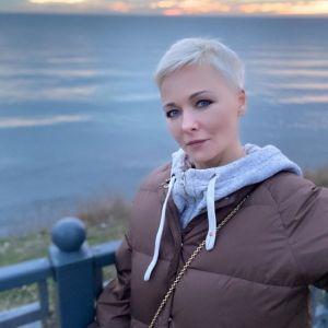 Подробнее: Дарья Повереннова поделилась фото с Верой Алентовой, которую без очков просто не узнать