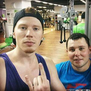 Подробнее: Никита Пресняков пошел сгонять «пузо»
