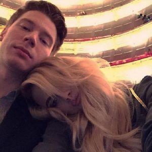 Подробнее: Никита Пресняков развлекается с возлюбленной в Нью-Йорке (видео)