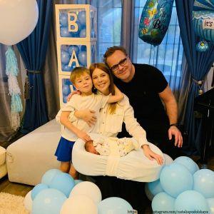 Подробнее: Владимир Пресняков поделился умилительным фото с новорожденным сыном