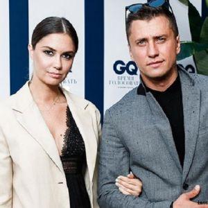 Подробнее: Павел Прилучный воссоединился с женой после заявления о разводе