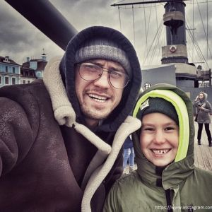 Подробнее: Павел Прилучный после заявления о разводе забрал сына