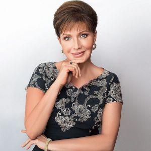 Подробнее: Елена Проклова рассказала о бывшем муже и младшей дочери