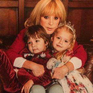 Подробнее: 5-летние близнецы Аллы Пугачевой сообщили, куда хотели бы улететь на зиму