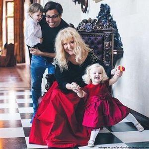 Подробнее: Дети Аллы Пугачевой отпраздновали Новый год с приемным сыном