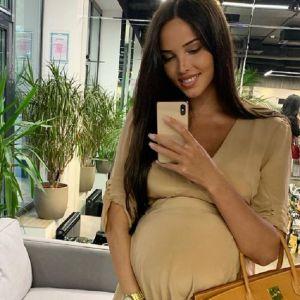 Подробнее: Анастасия Решетова показала свое любимое нижнее белье