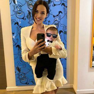Подробнее: Анастасия Решетова впервые после родов поделилась фото в купальнике