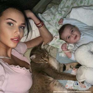 Подробнее: Анастасия Решетова поделилась трогательными кадрами с купания сына