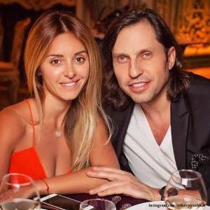 Подробнее: Александр Ревва посвятил красавице - жене в день рождения трогательное стихотворение