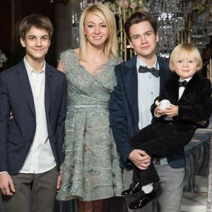 Подробнее: Яна Рудковская показала фото всех своих детей