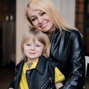 Подробнее: Сын Рудковской и Плющенко не тратит заработанные деньги, а складывает в копилку