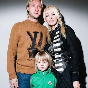 Подробнее: Сын Евгения Плющенко и Яны Рудковской получил травму на шоу