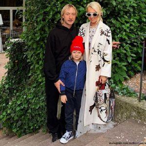 Подробнее: Сын Рудковской и Плющенко будет учиться дома