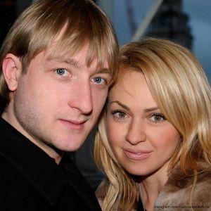 Подробнее: Евгений Плющенко с Яной Рудковской снялись в рекламной фотосессии нижнего белья