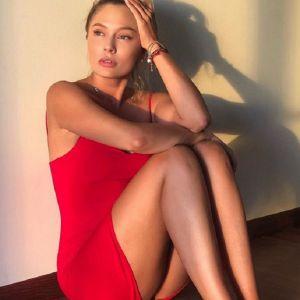 Подробнее: Наталья Рудова до сих пор переживает развод родителей