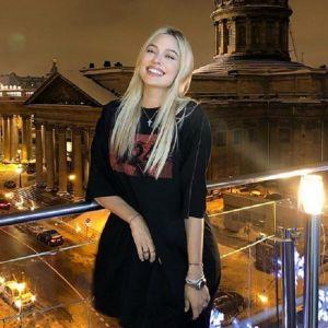 Подробнее:  Наталья Рудова после очередного приступа обжорства обратилась в больницу