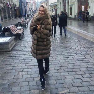 Подробнее: Наталья Рудова:  «выбрала соболь, потому что он лёгкий, красивый и теплый»