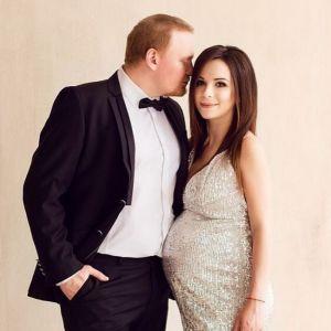 Подробнее: Сергей Сафронов жалуется на беременную жену