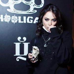 Подробнее: Настасья Самбурская показала фото с лишними килограммами