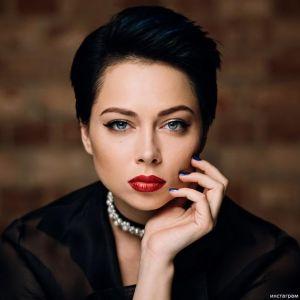 Подробнее: Настасья Самбурская рассказала, как разбогатеть