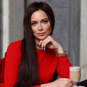 Подробнее: Настасья Самбурская сделала шикарный ремонт в двухэтажной квартире