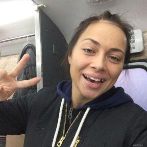 Подробнее: Настасья Самбурская осталась без зуба