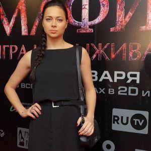 Подробнее: Настасья Самбурская хочет стать русской Ларой Крофт?