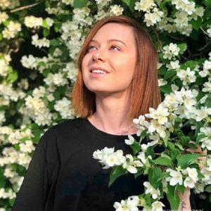 Подробнее: Юлия Савичева занимается сексуальным воспитанием трехлетней дочери