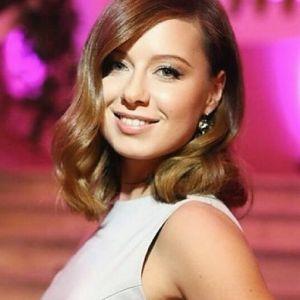 Подробнее: Юлия Савичева показала свадебное фото
