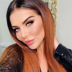 Подробнее: Возлюбленный Анны Седоковой развелся ради нее