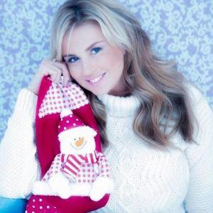 Подробнее: Анна Семенович поздравила всех с Новым годом