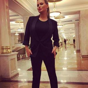 Подробнее: От имени Анны Семенович мошенники собирают деньги