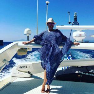 Подробнее: Анна Семенович произвела впечатление фото в купальнике на яхте