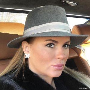 Подробнее: Анна Семенович хочет родить и усыновить ребенка