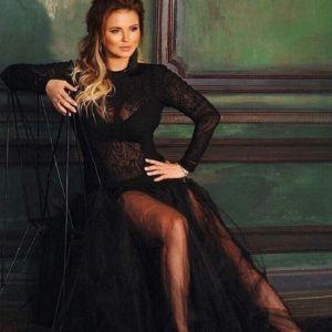 Подробнее: Анна Семенович собирается отсудить у эротического портала полсотни миллионов минимум