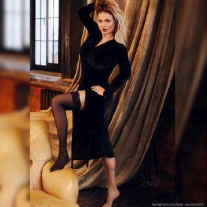Подробнее: Анна Семенович похудела с помощью липосакции