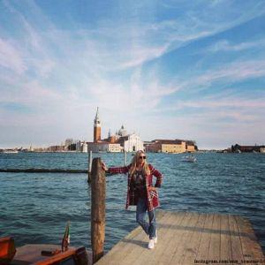 Подробнее: Анну Семенович во время уикенда в Венеции посетили не прошенные гости