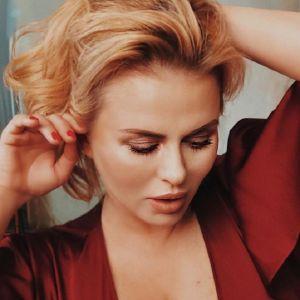 Подробнее: Анна Семенович предстала перед поклонниками в сексуальном образе