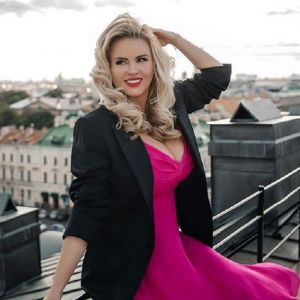 Подробнее: За свидание с Анной Семенович миллионер заплатил крупную сумму