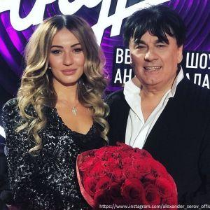 Подробнее: Дочка Александра Серова показала домик, который получила от папы в подарок
