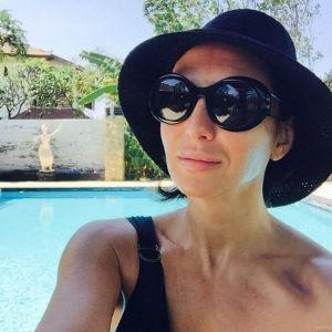 Подробнее: Алика Смехова продемонстрировала идеальную фигуру в купальнике