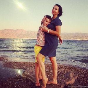Подробнее: Алика Смехова вместе с младшим сыном отдохнули в Израиле