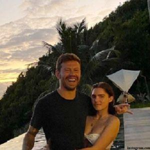 Подробнее: Юная внучка Бориса Ельцина выходит замуж за футболиста Федора Смолова
