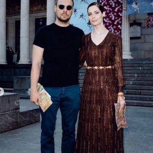 Подробнее: Юлия Снигирь шокировала Равшану Куркову снимком топлес